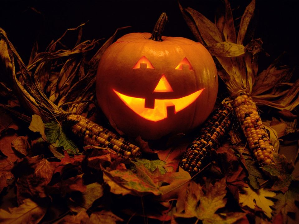 Five Ways for Mount Dora Homes to Get Festive This Halloween
