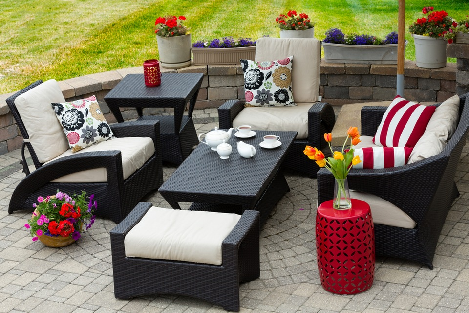 Mount Dora Homes: Choosing the Perfect Patio Furniture