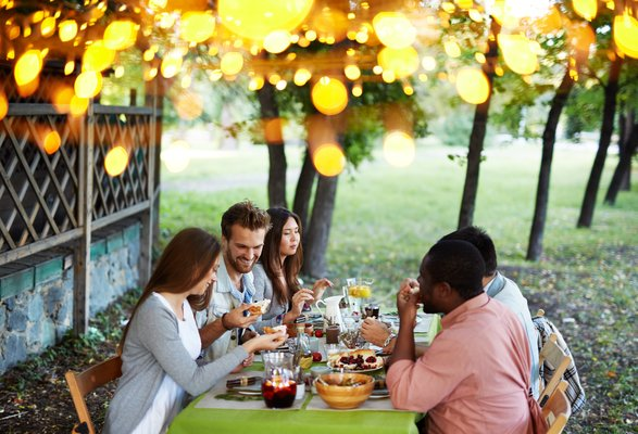 Lake County Homes: Outdoor Entertaining Made Easy