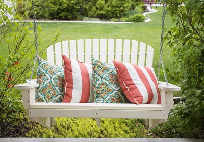 Swing into Relaxation: 5 Fun Seats That Swing