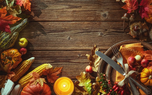 Perfectly Placed: 5 Creative Place Setting Ideas for Your Lake County Thanksgiving