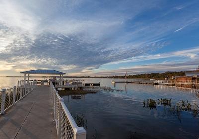 Loving Lake Dora